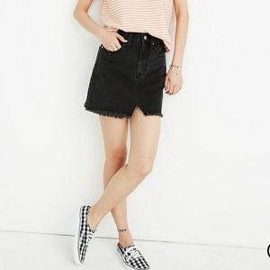 NEW Madewell Jeans Raw Hemmed Black Mini skirt